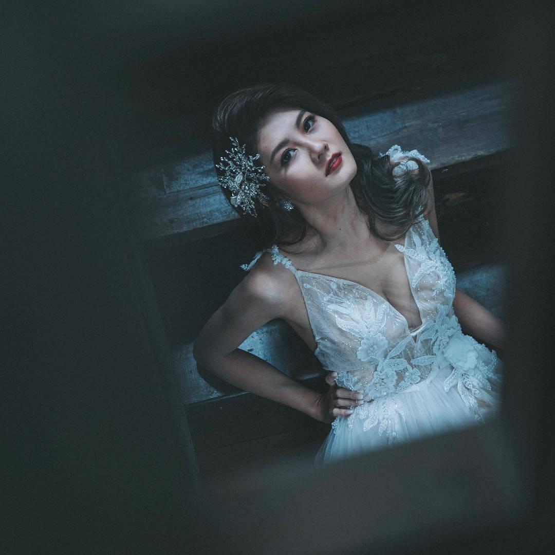 歐美裝|性感婚紗|紅唇